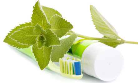 Natural toothpaste benefits for healthy nutrition | Yuliya Klopouh Pharm D